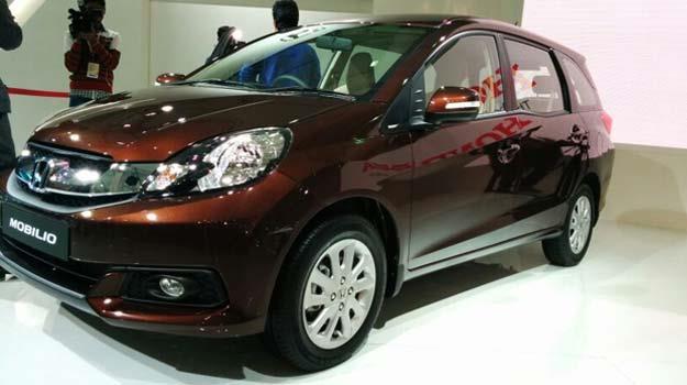 Review Of Honda Mobilio Design Engine Details Ride Quality Price