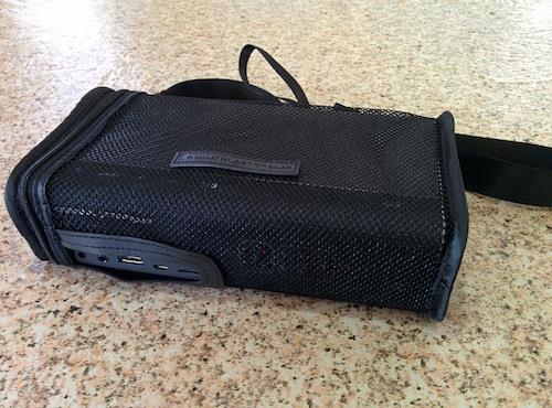 Netted carry-bag of Creative Sound Blaster Roar speaker