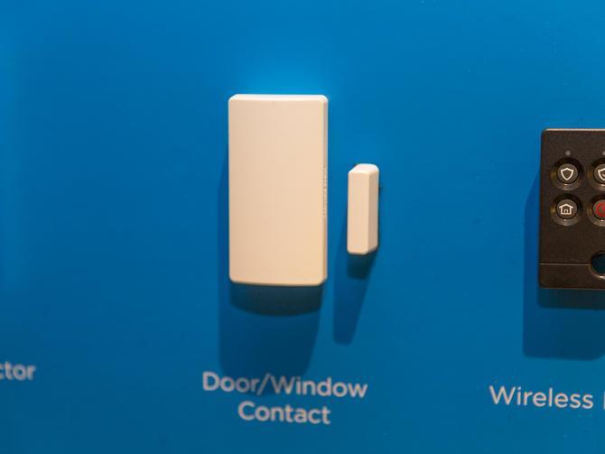 Honeywells Lyric Smart Thermostat_4.jpg