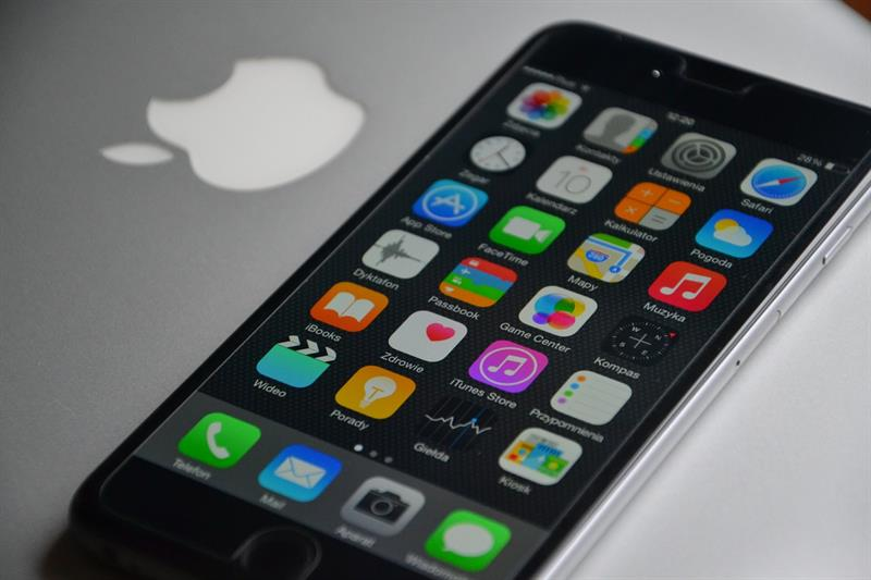 iphone-563068_1280