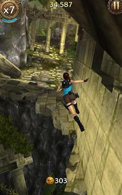 Lara Croft: Relic Run Android game