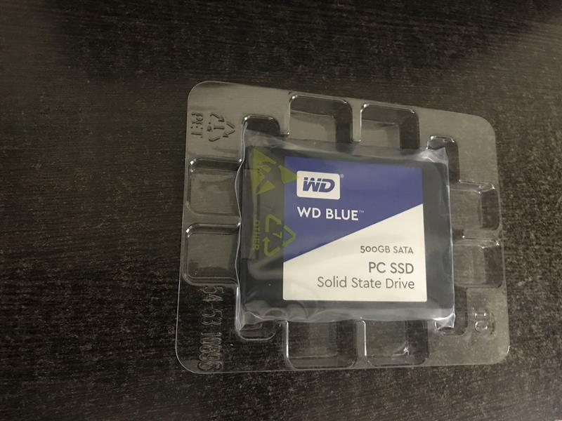 Unboxing WD Blue SSD