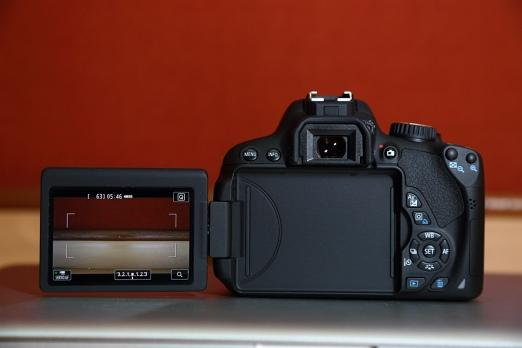 Canon EOS 650D Hands on Review, Specifications and Price in India